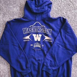 UNIVERSITY OF WASHINGTON HOODIE